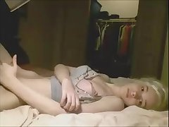Slender Blond Sheshaft Masturbating On Her Webcam Show