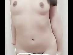 beautiful Koreana playing with her pussy on webcam