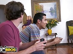 BANGBROS - MILF Nicole Aniston Armed forces Her Son'_s Little Friend