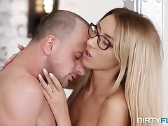 Dirty Flix - Boss fucks his nerdy assistant Anna Thorne